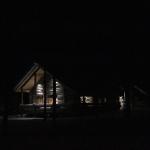 Luostakan vuorkamökki Ylläs yöllä
